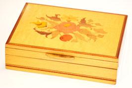 Scatola porta carte da gioco in legno intarsiata