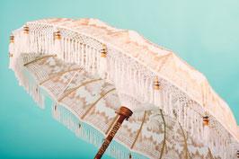 Luxe editie Bali parasol Golden Summer, Breedte 180 of 250 cm, kleur crème of wit, gouden beschildering (gehele doek) en franjes (Yolanthe, Xaxa parasol)