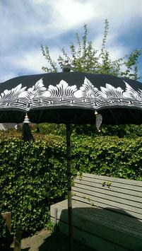 Luxe editie Bali parasol, breedte 300 cm, kleur zwart met mooie zilveren beschildering