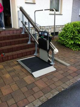 Rollstuhl-Treppenlift (gerade Treppen)