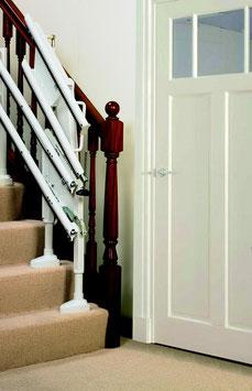 Treppenlift neu - kurvige Treppen - Klappschiene