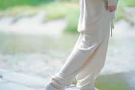 霞奏でるバルーンニットパンツ white