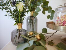 Vase grau mit Goldrand
