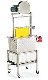 CFM-Entdeckelungsmaschine