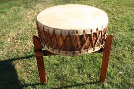 Pow Wow tromme på 48cm diameter med stel / Pow Wow Trommel 48 cm Durchmesser mit Gestell