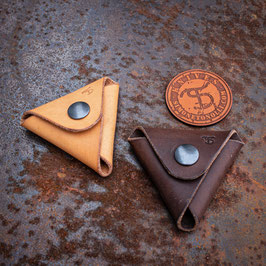 Minimalist coin pouch