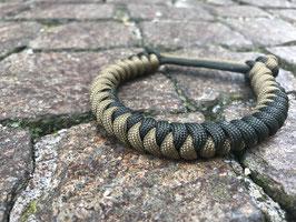 Snake knot paracord bracelet