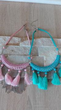 Halskette Pompoms und Fanflechten
