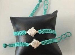 Halskette mit Fischmedaillon