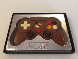 Manette de jeu vidéo en chocolat au lait