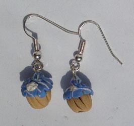 Ohrringe Muffin hellblau mit Blume und Sahne
