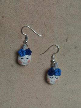 Ohrringe Einhorn mit Blümchen blau