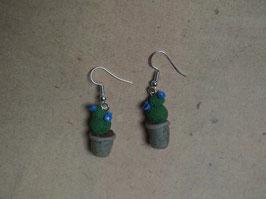 Ohrringe Kaktus blaue Blüte