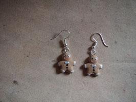 Ohrringe helle Lebkuchenmänner mit grauer Schleife