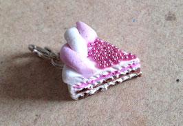 Charm Anhänger Tortenstück rosa mit Liebesperlen und Marzipanrand