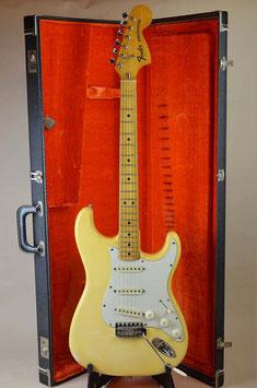 Fender STRATOCASTER OWH/M