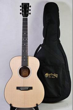 Martin 000JR-10