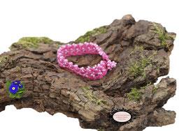 Bracelet au crochet Aerin simple rang, coton fuchsia et Rocailles de Bohème rose nacré