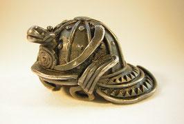 2089 Netsuke Silber Helm von Samurai