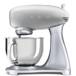 SMEG klassische Küchenmaschine silber SMF02SVEU