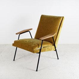 Paire de fauteuils en velours moutarde, 1950