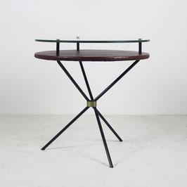Guéridon en métal avec double plateau en verre et skaï, 1960