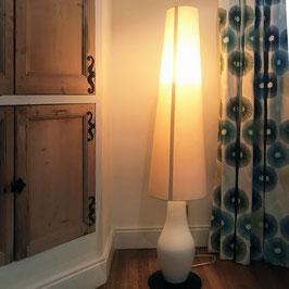 Lampe de salon en opaline blanche, 1980