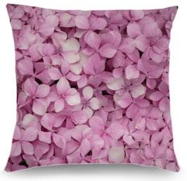 Coussin hortensia et trémière rose pastel