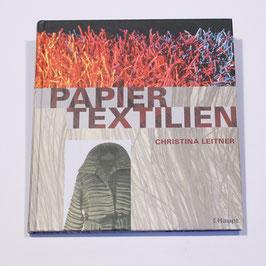 Papiertextilien von Christina Leitner