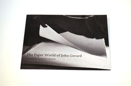 The Paper World of John Gerard, Fotografien von Makiko Hamada