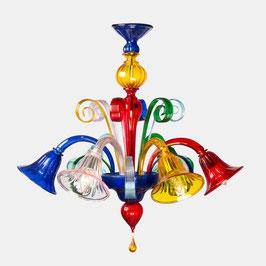 Florian: lampadario in vetro di Murano colorato con con ricci e pastorali