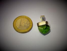Peridot (Anhänger Silberkappe)