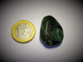 Smaragd gebohrt