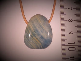 Aragonit blau (Calcit blau) gebohrt