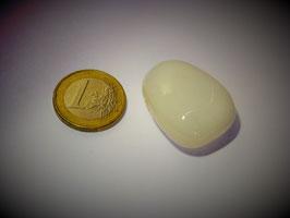 Opal weiß (Milchopal) gebohrt