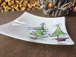 Glasschale mit tanzenden Tannenbäumen