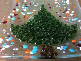 Glasschale mit Tannenbaum