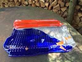 Tablett in blau, orange und weiß