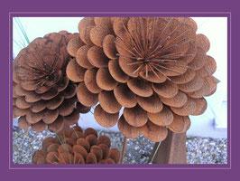 Edelrost Blume - Dahlie