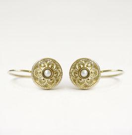 oma's knoopje gouden oorbellen met witte parel