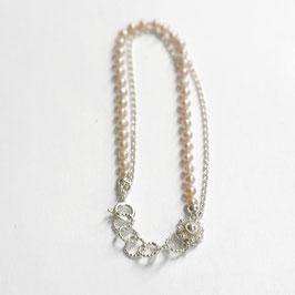 Zeeuwse knoop armband met roze parels