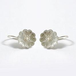 gerst zilveren oorbellen met witte parel