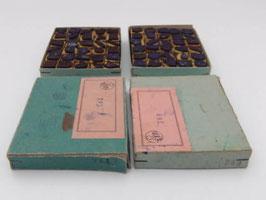 Lot de 2 boites de timbres Minustel d'école / Lot of 2 boxes of old school ink stamps