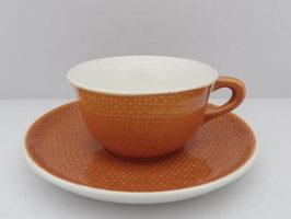 Lot de 7 tasses et soucoupes à café Salins modèle Corail / Lot of 7 Salins coffee cups and saucers model Corail