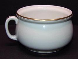 Pot de chambre en porcelaine blanche de Limoges / White Limoges porcelain chamber pot