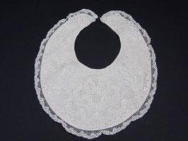 Bavoir ancien en dentelle / French Antique lace bib
