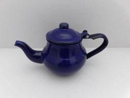Théière en métal émaillé / Enamel tea pot