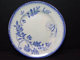 Assiette terre de fer Emile Bourgeois bleue et blanche / Emile Bourgeois blue and white ironstone plate