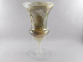 Verre en opaline / Opaline glass