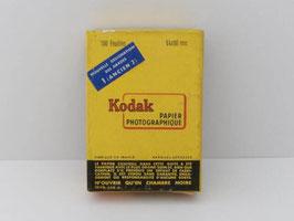 Feuilles de papier photographique vintage Kodak / Vintage Kodak photographic paper